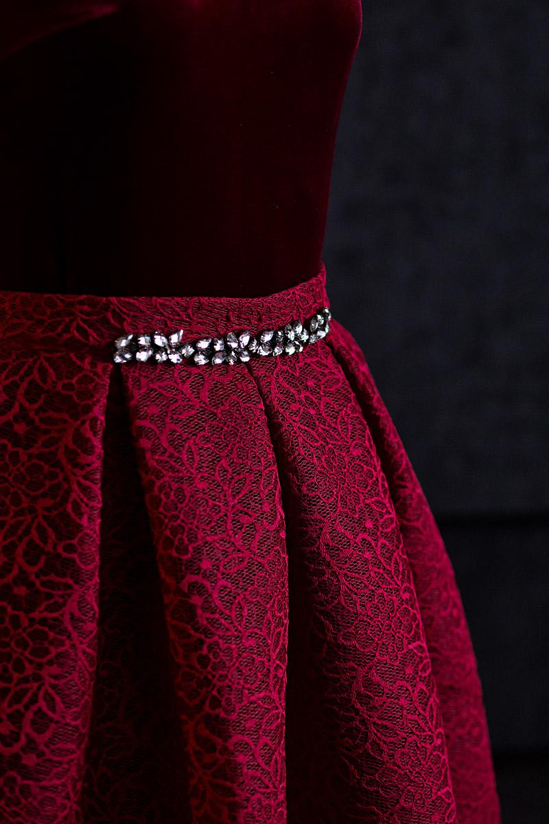 Эротика с моделями в шикарных вечерних платьях 27 фотография